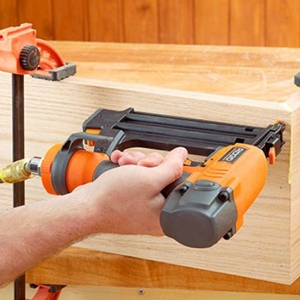 Best Pneumatic Nail Gun Reviews