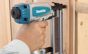 Best Pneumatic Brad Nailers Featured