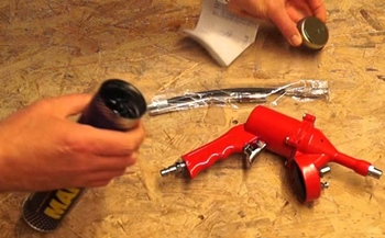How to Maintain a Pneumatic Grease Gun