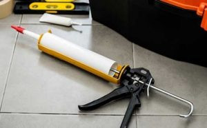 Best Dripless Caulking Guns Featured