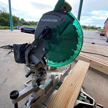 Miter Saws for Beginners Buying Guide